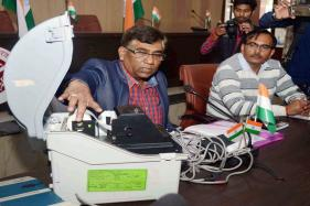 EC Tells Manufacturers it Wants 16 Lakh Paper Trail Machines in 2 Years