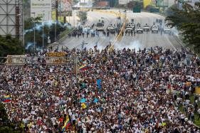 Venezuelans Stage New Mass Demostrations After Deadly Unrest