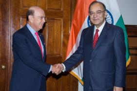 Arun Jaitley Takes up H-1B Visa Issue With US Commerce Secretary
