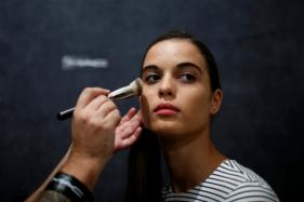 Valentine's Day 2018: Get Your Make-Up Right for a Romantic Date