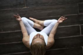 25 Minutes of Yoga May Boost Brain Function, Energy Levels
