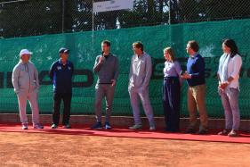 Andy Murray Visits Boyhood Academy in Barcelona