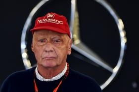 Niki Lauda Loses Bet Against His Own Mercedes Team