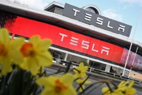 Tesla's Solar Roof Tiles Pre-Order Begins