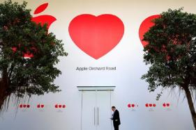 Apple Plans New Store in 'Red Dot' Singapore