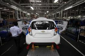 Manufacturing Output Rises in November
