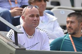 French Open: Agassi Stars as Djokovic Impresses With Easy Win
