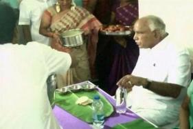 Restaurant-made Idlis Expose Yeddyurappa's Gimmick at Dalit House