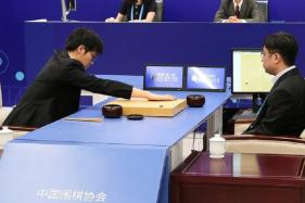 Google AI AlphaGo Takes on Chinese Go Master in a Round of 3