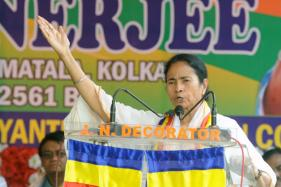 Mamata Banerjee Holds DVC, Jharkhand Govt For Flood-like Situation in Bengal