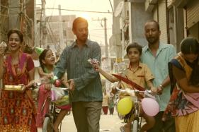 Hindi Medium: Irrfan Khan's Exceptional Performance Makes For a Riveting Watching