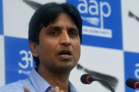 After Kapil Mishra sacked, Kumar Vishwas Vows Another Movement