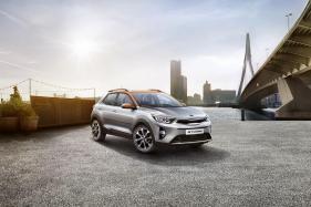 Kia Unveils Stonic Crossover, Joins Hyundai Kona