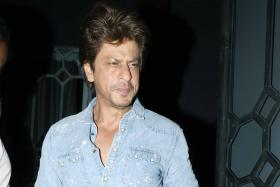 My Life Not Controversial Enough For a Biopic: Shah Rukh Khan