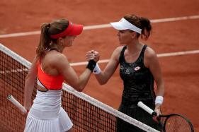 French Open: Alize Cornet Stuns Agnieszka Radwanska to Enter Last 16