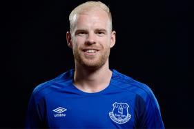 Everton Sign Midfielder Klaassen and Goalkeeper Jordan Pickford