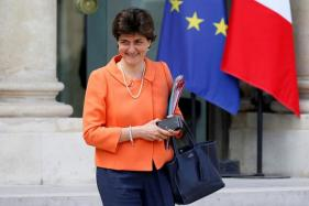 Two Ministers Quit French Government as Reshuffle Looms