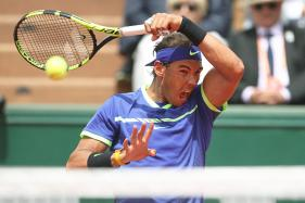 French Open: Nadal Romps into Quarters, Wozniacki Tops Ex-Champ