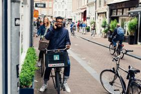 Netherlands Invents App to Stop Kids From Using Phones While on Bikes