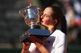 French Open 2017: Jelena Ostapenko Stuns Simona Halep to Win Maiden Slam