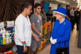 Amid Turmoil, Queen Elizabeth Says Britain Sombre But Steadfast