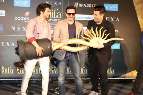 Varun Dhawan Apologises for His 'Nepotism' Act During IIFA 2017