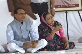 Farmer Protest Live: CM Shivraj Singh Chouhan Begins 'Peace Fast', His Govt Says No Loan Waiver