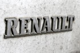 Renault to Open First Electric-Car-Only Concept Store in Sweden