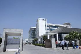 HCL Tech Q1 Net Grows 6.1% to Rs 2,171 Crore; Shares Rise Over 3 Percent