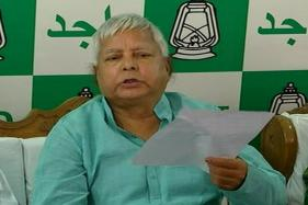 Tejashwi Won't Resign, Nitish Kumar Free to Decide on Mahagathbandhan: Lalu