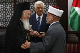 Israeli Forces Detain Jerusalem's Top Muslim Cleric After Attack: Son
