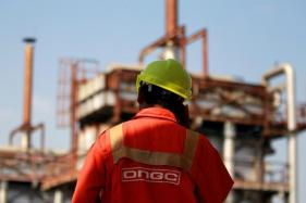 Government Plans to Sell Stake in ONGC Oilfields to Private Firms