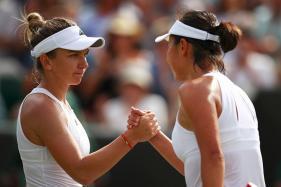 Wimbledon 2017: Simona Halep Ousts Peng Shuai in Third Round