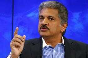 HR Sets 10am Deadline for Techie to Quit; Anand Mahindra Apologises