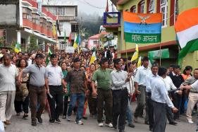 GJM Calls For Tripartite Meet With Mamata, Rajnath to End Darjeeling Crisis