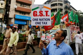 Govt Hints at Reviewing Rates in Top GST Bracket