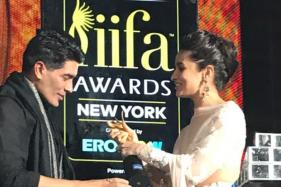 IIFA 2017: When Manish Malhotra Tripped On Stage