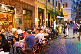 Rome Bans Sale and Consumption of Liquor After Dark