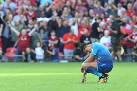Arsenal Legends Slam Team's Shambolic Performance Against Liverpool