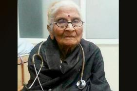 Indore's First Woman MBBS, Fondly Known as Doctor Dadi, Dies Aged 91