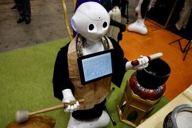 Robots Enter Religion; to Perform Buddhist Funeral Rites