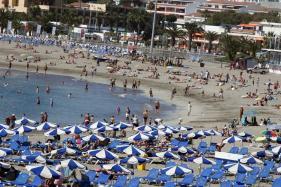 Canary Islands Keep Beaches Open Despite Algae Bloom