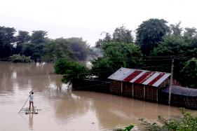Floods Kill 13 as Bihar Faces Brunt of Nepal Downpour