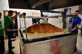 World's Largest Samosa Smashes Guinness World Record in London