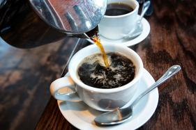 How Your Cuppa Coffee Changes the Way You Taste Food