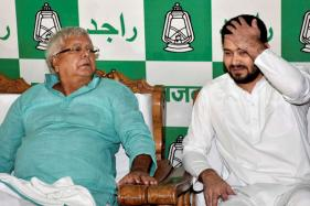 Lalu Woos Left at the Cost of Shahabuddin, Extends Olive Branch to NDA Dissidents