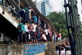 Congress Slams Modi Govt Over Mumbai Stampede, Seeks Judicial Probe