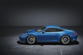 Porsche 911 GT3 With Touring Package Premieres at Frankfurt