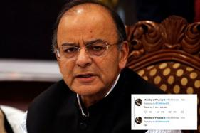Finance Ministry Twitter Handle has Cryptic Responses To Our Tweets, But Twitter is Being Super-Helpful