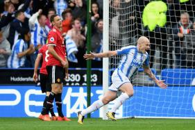 Manchester United Lose to Huddersfield; Manchester City Thump Burnley